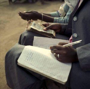 Des produits microfinanciers adaptés aux r...