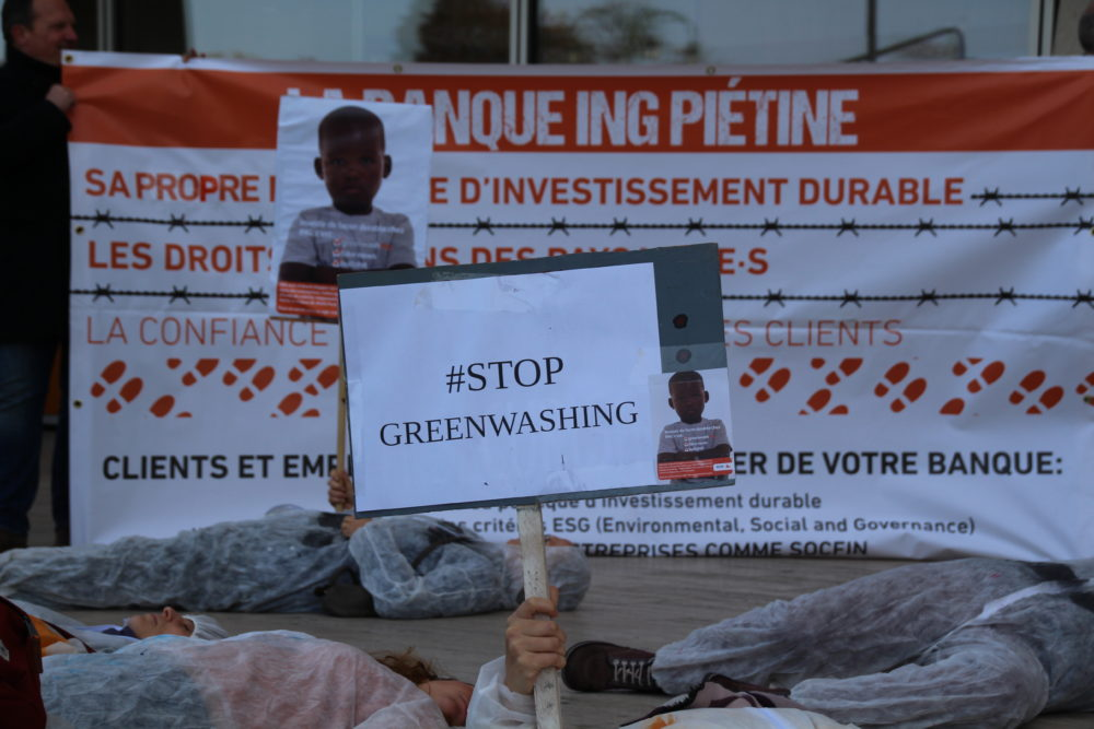 Des ONG portent plainte contre ING, compli...